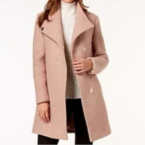 Womens Kenneth Cole coat!